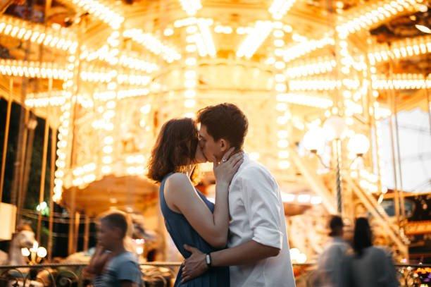 為何在愛愛時私密處有時會發出像放屁聲音呢?